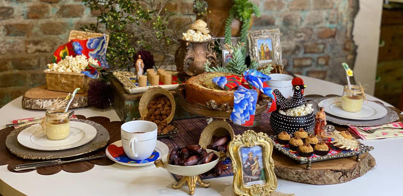 Decoração de mesas para festa Junina em casa