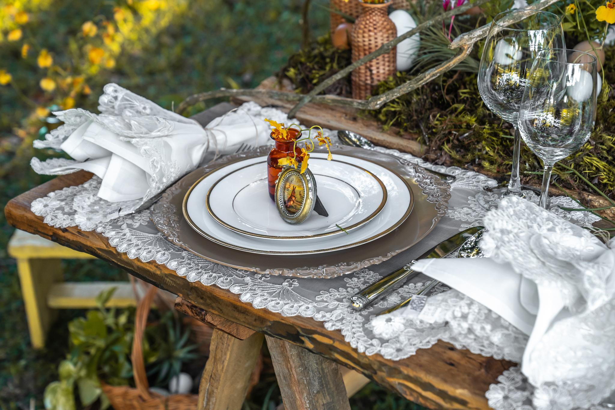 Uma mesa de Páscoa que vem em boa hora
