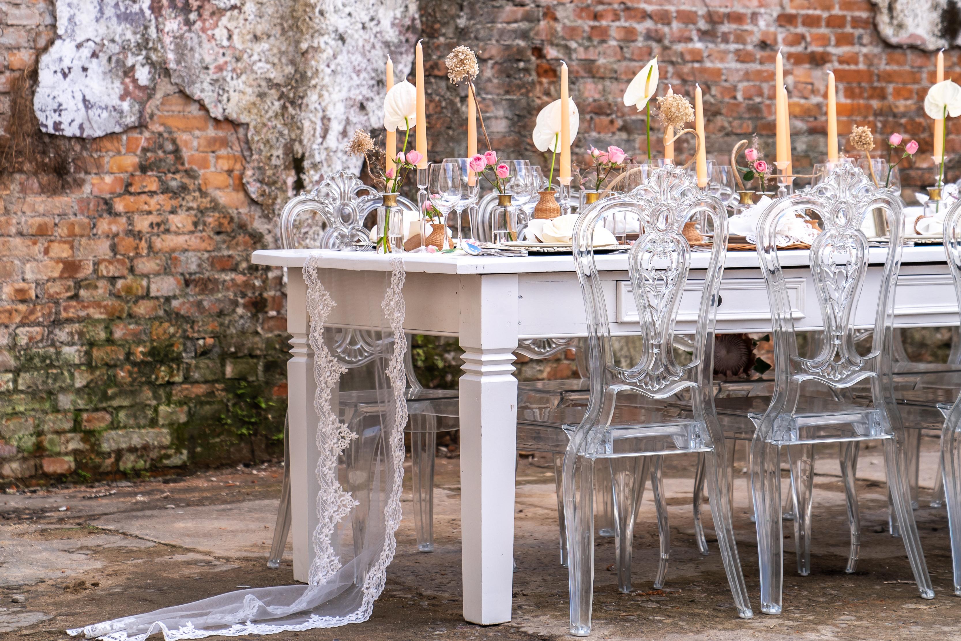 Mesa posta para um casamento dos sonhos